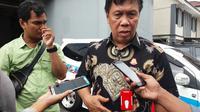 Asisten Pidana Khusus Kejati Sulsel, Fentje E Loway menegaskan pihaknya akan maksimalkan penyelidikan dugaan penyimpangan DAK Rp 39 miliar di Kabupaten Enrekang, Sulsel (Liputan6.com/ Eka Hakim)