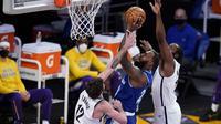 Los Angeles Lakers Vs Brooklyn Nets dalam lanjutan NBA 2020/2021. (AP/Marcio Jose Sanchez).