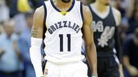 Mike Conley mencetak 24 poin dan delapan assist saat Memphis Grizzlies membungkam San Antonio Spurs 105-94 pada playoff NBA, Kamis (21/4/2017). (Twitter/NBA)