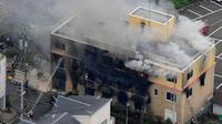 Kebakaran yang disengaja melanda studio animasi Kyoto Animation pada Kamis, 18 Juli 2019 (AP Photo)