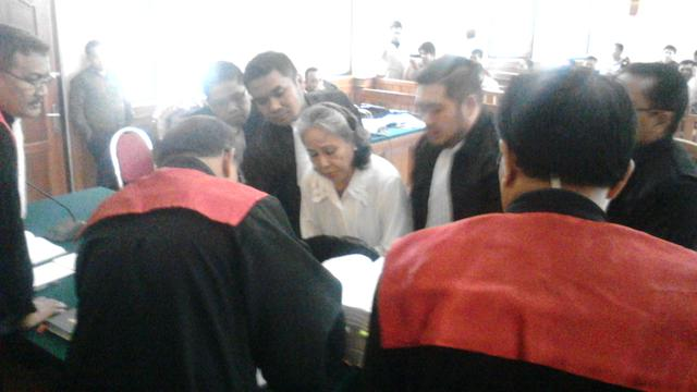 Lika Liku Kasus Angeline Sebelum Persidangan - Regional