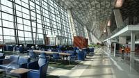 Suasana bagian boarding  di Terminal 3 Ultimate Bandara Soekarno-Hatta, Cengkareng, Banten, Sabtu (2/7). Ketua DPR Ade Komarudin terkesan dengan bandara yang disebutnya mampu menyaingi Bandara Changi Airport di Singapura. (Liputan6.com/Faizal Fanani)