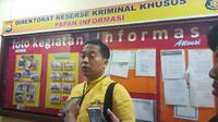 Kepala Subdit III Tipikor Dit Reskrimsus Polda Sulsel, Kompol Yudha Wiradjati mengatakan pihaknya resmi menyelidiki kasus dugaan gratifikasi di balik mutasi kendaraan plat hitam ke plat kuning (Liputan6.com/ Eka Hakim)