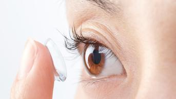 Jangan Cuma Dicuci, Wadah Lensa Kontak Perlu Diganti Sebulan Sekali
