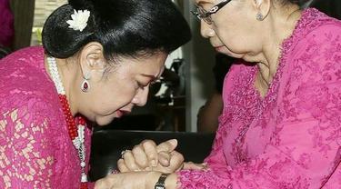 Hj. Sri Sunarti Hadiyah meninggal dunia