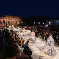 Koleksi couture Fendi untuk musim Fall/Winter 2020