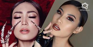 Ini persamaan Patricia Gouw dan Ayu Dewi, cantiknya bikin pangling.