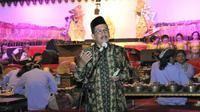 'Bawor Dadi Ratu' lakon wayang kulit yang digelar di Lapangan Desa Wanatirta, Kecamatan Paguyangan, Kabupaten Brebes, Jawa Tengah, (7/10/2018).