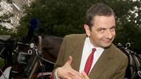 Kabar meninggal dunia pemeran 'Mr Bean' beredar luas melalui media online. Salah satu media online menyebut bahwa, Rowan meninggal akibat overdosis akibat depresi yang terus menerus. (AFP/Bintang.com)
