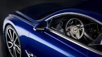 Mobil-mobilan Bentley Continental GT skala 1:8 (Carscoops)