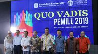 Para akademisi dari Presiden University dan Universitas Indonesia usai diskusi Quo Vadis Pemilu 2019 yang diselenggaran oleh Presiden Executive Club (Jababeka Group).