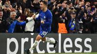 6. Eden Hazard (Chelsea) - 220.000 poundsterling per pekan. (AFP/Glyn Kirk)