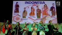 Enam pedangdut dari Indonesia tampil saat konferensi pers Dangdut Academy Asia ke 3 di SCTV Tower, Jakarta, Kamis (19/10). Indonesia sudah memastikan enam akademia yang akan menjadi wakil mereka di ajang ini. (Liputan6.com/Helmi Afandi)