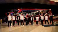 Kontingen Indonesia di Bandara Soekarno Hatta, Tangerang, yang akan bertolak ke Jepang untuk mengikuti Olimpiade Tokyo 2020, Selasa (20/7/2021). (NOC Indonesia)