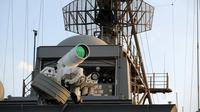Sistem persenjataan laser 'LaWS' AS di USS Ponce (US Navy/Wikimedia Commons)