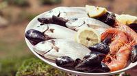 Ilustrasi seafood. (Photo by Frank Vessia on Unsplash)
