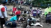 Pencarian sebelumnya 8 korban berhasil ditemukan dan 5 korban di antaranya ditemukan meninggal dunia. (Liputan 6 SCTV)