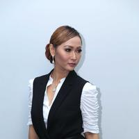 Pelantun 'Goyang Inul' ini  belakangan memang selalu didaulat sebagai juri ajang pencarian bakat dangdut. Bahkan yang terbaru, Inul akan menyaring talenta-talenta dangdut di ajang Dangdut Asia dan DA3. (Nurwahyunan/Bintang.com)