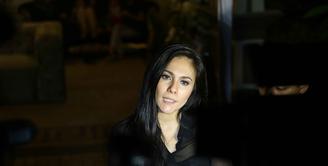 Ungkapan terima kasih pada Julia Perez dituangkan dalam akun istagram Wulan Guritno. Jupe yang meninggal pada Sabtu (10/6) silam, memberikan banyak pelajaran pada Wulan Guritno berserta penderita kanker. (Nurwahyunan/Bintang.com)