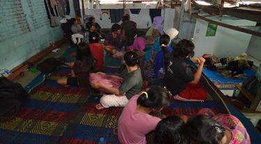 Jasa pembantu infal atau pembantu rumah tangga sementara selalu marak menjelang Lebaran.Jakarta, Kamis, (24/7/14) (Liputan6.com/JohanTallo)
