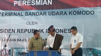 Presiden Jokowi resmikan terminal penumpang di Bandara Komodo, NTT. (Liputan6.com/Luqman Rimadi)