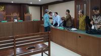 Mantan Petinggi Lippo Group Eddy Sindoro dijatuhi vonis pidana penjara 4 tahun denda Rp 200 juta oleh hakim Tipikor Jakarta. (Merdeka.com)