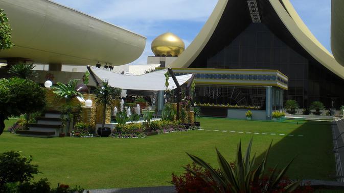 Istana Nurul Iman / Sumber: Wikimedia