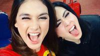 Selfie Luna Maya dan Syahrini (Sumber Foto: Brilio.net - Instagram/@lunamaya)