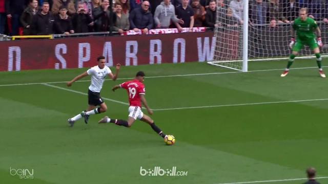 Berita video gol-gol yang tercipta saat Manchester United melumat Liverpool 2-1 di Premier League 2017-2018. This video presented by BallBall.
