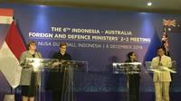 Menteri Pertahanan RI Prabowo Subianto dan Menteri Luar Negeri RI Retno Marsudi serta Menteri Pertahanan Australia Linda Reynolds dan Menteri Luar Negeri Australia Marise Payne di sela Bali Democracy Forum ke-12. (Dokumentasi Kemlu RI)
