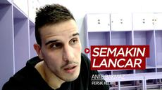 Berita video wawancara pemain asing baru Persik Kediri, Ante Bakmaz, yang semakin lancar berbahasa Indonesia meski belum lama di kompetisi Liga 1.