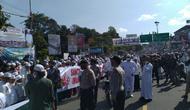 Massa FPI di Megamendung Bogor menanti kedatangan Rizieq Shihab. (Ady Anugrahadi/Liputan6.com)