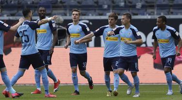 Alassane Plea Bersama Skuat Borussia Monchengladbach