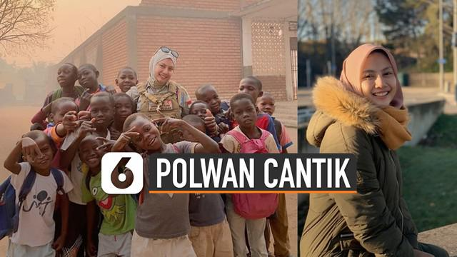Potretnya saat bertugas dengan membawa senjata dan menyapa warga Bangui, sukses membuat banyak orang merasa bangga.