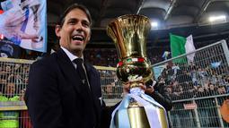 Pelatih berusia 62 tahun itu ditunjuk sebagai suksesor Simone Inzaghi yang baru-baru ini hijrah ke kota Milan. (AFP/Vincenzo Pinto)