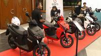 Sepeda motor listrik Gesits dalam pameran Indotrans Expo 2019 di Jakarta Convention Center (JCC), Jumat (13/9/2019). Pameran tersebut untuk menunjukkan potret keberhasilan pemerintah dalam pembangunan di bidang transportasi, infrastruktur, dan pariwisata. (Liputan6 com/Angga Yuniar)