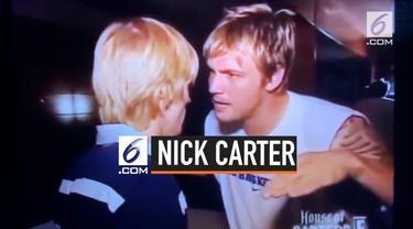Nick Carter mengambil langkah hukum melawan adiknya Aaron Carter. Ini disebabkan, Aaron pernah berniat untuk membunuh istri Nick Carter. Tidak hanya itu, Aaron juga diketahui memiliki gangguan mental.
