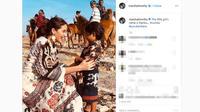Marsha Timothy saat menjalani pemotretan di Sumba, Nusa Tenggara Timur. (Screenshot Instagram @marshatimothy/https://www.instagram.com/p/B4JKy_og9rk/Putu Elmira)