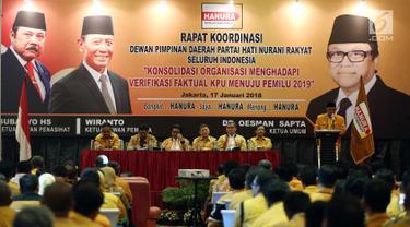 Suasana rapat koordinasi DPD Partai Hanura se-Indonesia di Hotel Manhattan, Jakarta, Rabu (17/1). Rapat tersebut membahas kesiapan partai menghadapi verifikasi faktual KPU menuju Pemilu 2019. (Liputan6.com/Johan Tallo)