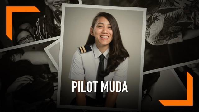 Athira Farina adalah perempuan cantik yang berprofesi sebagai pilot pesawat jet pribadi. Sebelumnya gadis berusia 27 tahun ini merupakan seorang drummer band pengiring Vicky Shu.