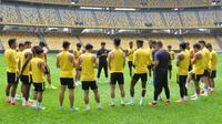 Timnas Malaysia saat menjalani sesi latihan resmi di Stadion Nasional, Bukit Jalil, Kuala Lumpur, Kamis (29/8/2019). (Bola.com/Dok. FAM)