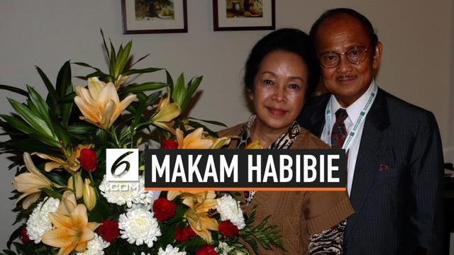 Presiden ketiga RI BJ Habibie meninggal dunia. Rencananya, BJ Habibie akan di makamkan di slot 120 TMP Kalibata yang bersebelahan dengan sang istri, Ainun.