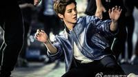 Hengkang dari EXO, Luhan merilis single terbaru yang merupakan debutnya sebagai solois. Seperti apa ceritanya?