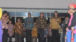 Jokowi dan Ahok berkumpul bersama ribuan perangkat RT/RW, Camat dan Lurah se DKI Jakarta, (16/10/14). (Liputan6.com/Herman Zakharia)