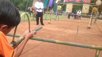 Permainan tradisional sedot perhatian anak-anak di Bogor.