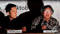 Wimar Witoelar (kanan) saat konferensi pers 'Indonesia Tanpa Asap', Jakarta, Selasa (28/10/2014). (Liputan6.com/Johan Tallo)