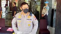 Kepala Bidang Humas Polda Jawa Timur, Kombes Pol Gatot Repli Handoko menyebut kepolisian akan profesional dan membawa kasus pelaku narkoba di Malang ini sampai tuntas ke pengadilan (Liputan6.com/Zainul Arifin)