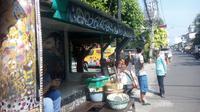 Mbah Lindu mulai terkenal setelah diketahui menjual gudeg sejak sebelum Jepang menjajah Indonesia. (Liputan6.com/Yanuar H)