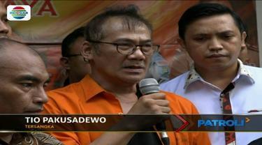 Mengaku 10 tahun telah mengkonsumsi narkoba, aktor senior Tio Pakusadewo terancam dijerat hukuman 15 tahun penjara.