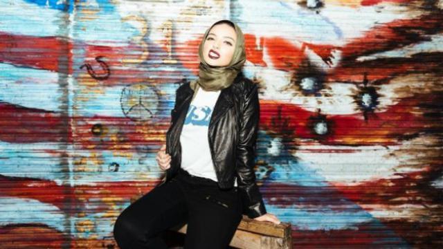 Model Berhijab di Playboy hingga Barongsai, Kiprah 6 Muslimah di Dunia Hiburan